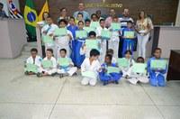 Associação Daitôo de Judô realiza cerimônia de entrega de faixas