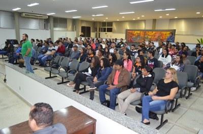 Câmara realiza 32ª. Sessão Ordinária e se posiciona em relação a contratação de empresas de transportes de estudantes a cidades da região