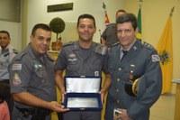 Câmara realiza Sessão Solene e homenageia Policial Militar do ano de 2.014