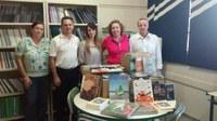 Deputado Davi Zaia faz doação de mais de 2.500 livros ao município