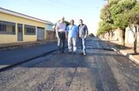 Prefeitura inicia recapeamento asfáltico em ruas do bairro COHAB II