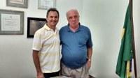 Presidente da Câmara vereador Marquinhos Osti visita Deputado Estadual Vitor Sapienza e consegue doações de objetos que serão destinados a entidades municipais